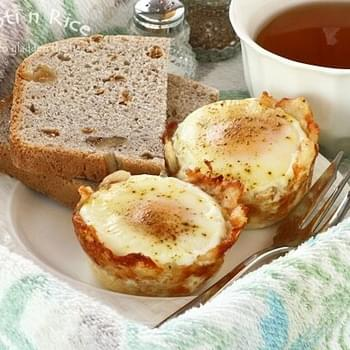 Baked Eggs in Shredded Cheese and Potato Cups