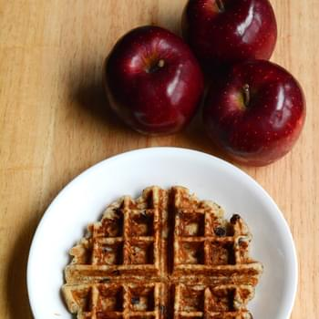 Healthy Chia Seeds and Apple Waffles [Recipe]