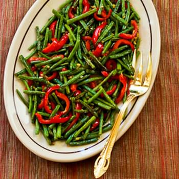 Roasted Green Beans and Red Bell Pepper with Garlic and Ginger
