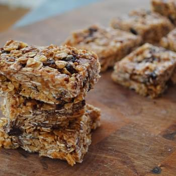 Chocolate Chip, Peanut Butter and Raisin Granola Bars