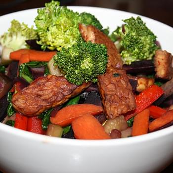 Crispy Tempeh & Vegetable Stir Fry