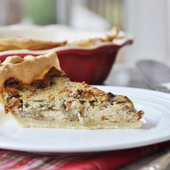 Vegan Spinach and Mushroom Quiche