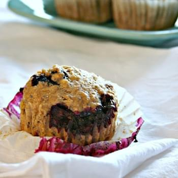 Blueberry Quinoa Muffins {vegan}
