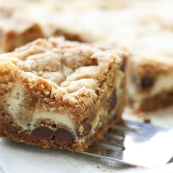 The Best Cheesecake Cookie Bars {traditional and gluten free recipes}