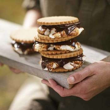 S'mores with Homemade Graham Crackers
