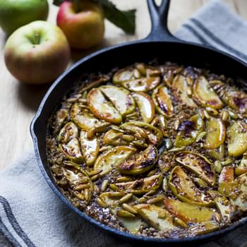 Skillet Baked Steel Cut Oats w/ Maple Glazed Apples