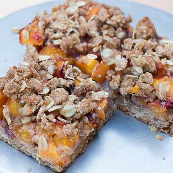 Fresh Fruit Crumble Bars