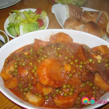 Beef Stew with Potatoes and Peas