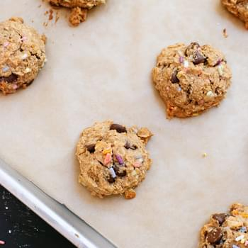 Peanut Butter, Banana, Honey & Oat Chocolate Chip Cookies!