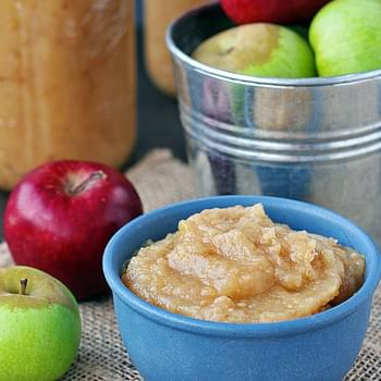 Easiest Smooth Homemade Applesauce Recipe (Even Easier Than Grandma's)