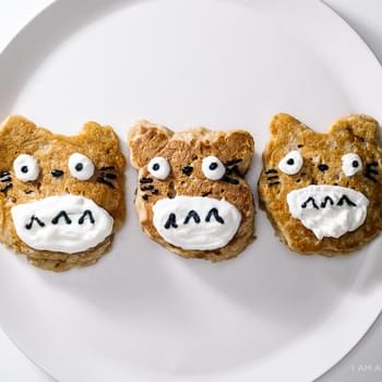 Totoro Apple Pie Pancakes