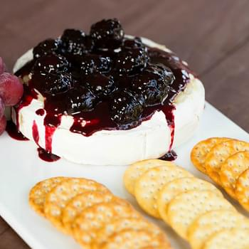 Baked Brie with Blackberry Compote