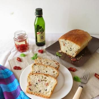 Savory Sun-dried Tomato,Olive and Herb Bread