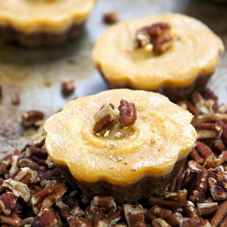 Pumpkin Pecan Bites Recipe: No Bake Pecan Pumpkin Pie Bites Recipe