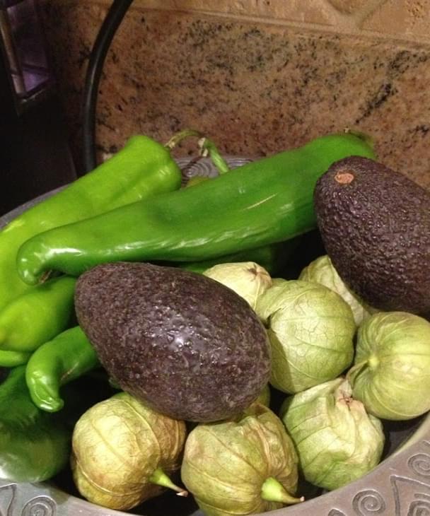 Tomatillo Green Chili Salsa Recipe