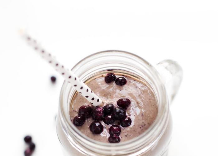 Honey and Wild Blueberry Smoothie