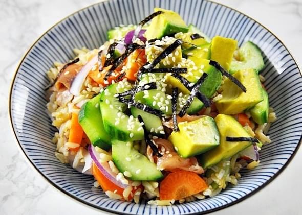 Smoked Salmon, Avocado & Brown Rice Sushi Bowl