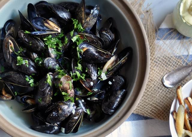 Belgian Beer-Steamed Mussels