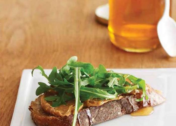 Peanut Butter, Honey, and Arugula Sandwich