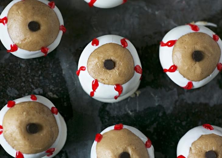 Peanut Butter and Chocolate Eyeballs