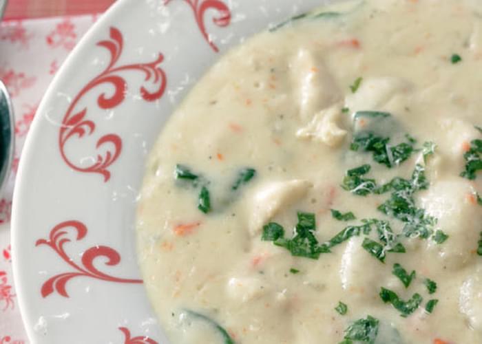 Chicken Gnocchi Soup (Olive Garden Copycat)